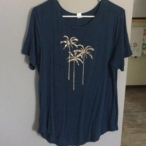 Old Navy Palm Tree Luxe T